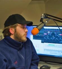 Cómo comenzar su propio programa de radio en línea